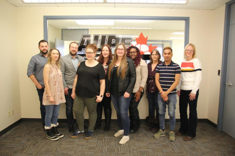 The members of the AUPE Young Activists Committee (YAC) pose for a group photograph.